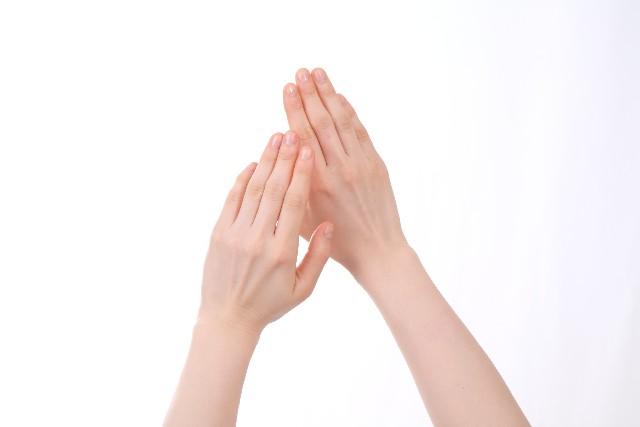 指にできた湿疹、かゆくない場合に考えられる病気は?