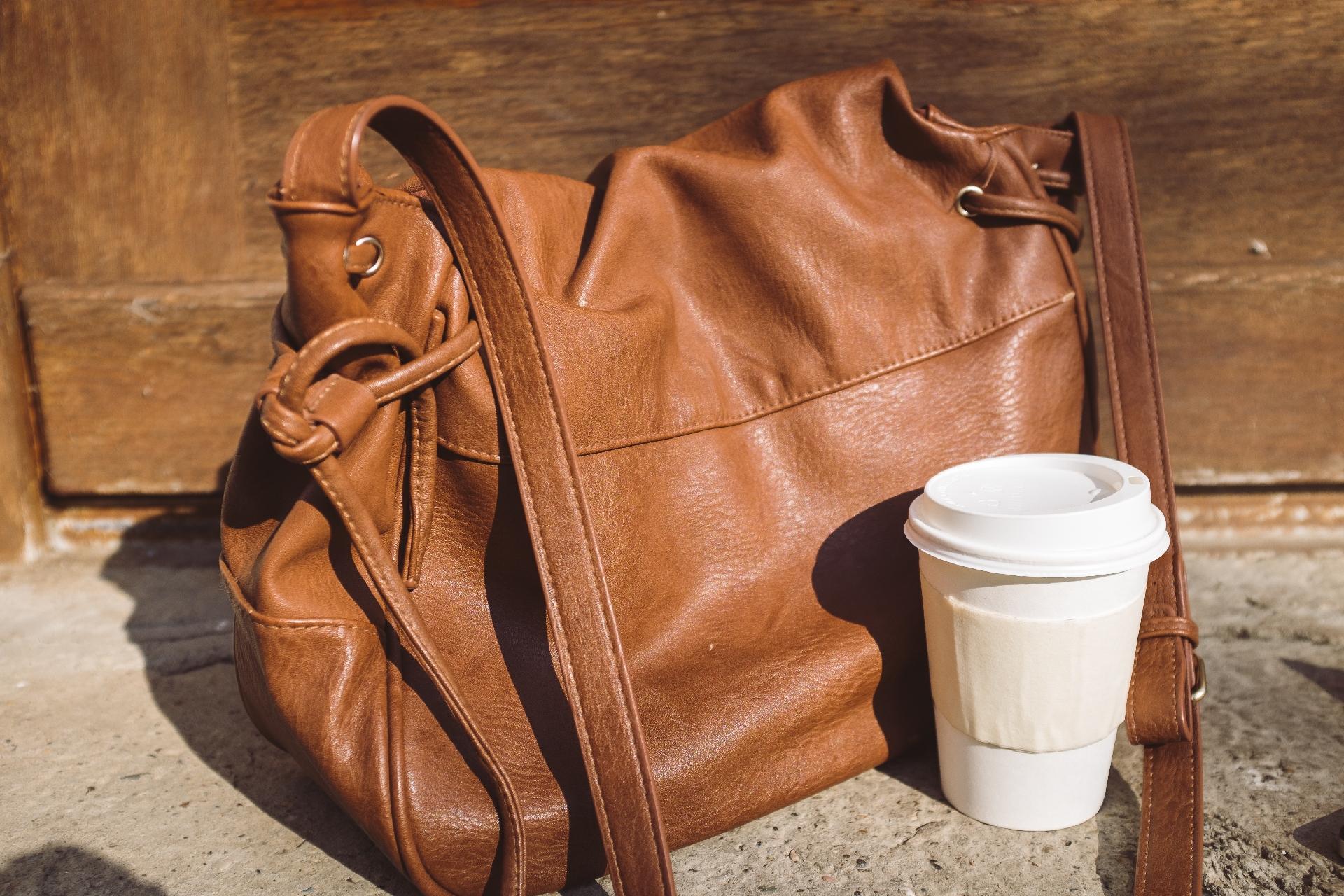 イタリアのバッグのブランドは、本物志向のメンズに人気!